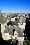 20080110 - France - Aquitaine - Pau<br /> VUES DEPUIS LE CHATEAU DE PAU SUR LA VILLE, LE GAVE ET LES PYRENEES.<br /> Ref : PAU_049.jpg - © Philippe Noisette.