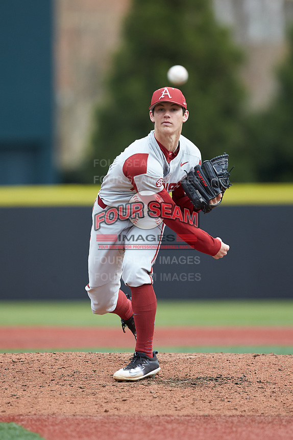 Arkansas Razorbacks relief pitcher Bryce Bonnin (4) delivers a pitch to the plate against the Charlotte 49ers at Hayes Stadium on March 21, 2018 in Charlotte, North Carolina.  The 49ers defeated the Razorbacks 6-3.  (Brian Westerholt/Four Seam Images)