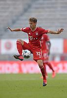 13th June 2020, Allianz Erena, Munich, Germany; Bundesliga football, Bayern Munich versus Borussia Moenchengladbach;  Joshua Kimmich (Bayern) brings down the high ball