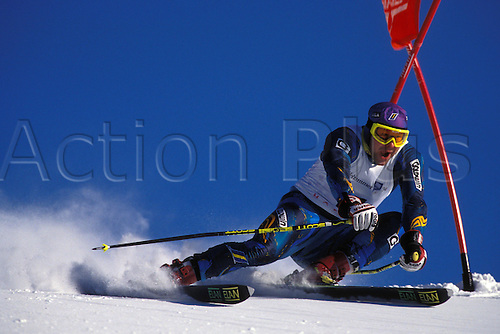 February 1994: View of JOHAN WALNER (SWE) competing in the Mens Giant Slalom, Winter Olympic Games, Lillehammer, Norway. Photo: Glyn Kirk/Action Plus...skiing skier snow .9402