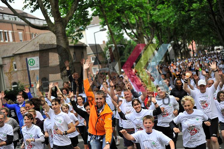 Messe + Schweinehundelauf SAP Arena Marathon 30.05.2014.<br /> <br /> Foto &copy; Rhein-Neckar-Picture *** Foto ist honorarpflichtig! *** Auf Anfrage in hoeherer Qualitaet/Aufloesung. Belegexemplar erbeten. Veroeffentlichung ausschliesslich f&uuml;r journalistisch-publizistische Zwecke.
