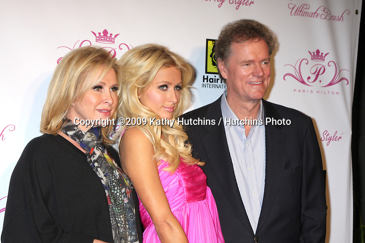 Kathy, Paris, & Rick Hilton.arriving at the Paris Hilton Beauty Line Launch Party.Thompson Hotel.Beverly Hills,  CA.November 17, 2009.©2009 Kathy Hutchins / Hutchins Photo.