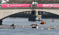 Mortlake/Chiswick, GREATER LONDON. United Kingdom. 2017 Women's Boat Race winners OUWBC. &quot;No. 4 catching a crab&quot;, as the crew move away from the start, The Championship Course, Putney to Mortlake on the River Thames.<br /> <br /> <br /> Sunday  02/04/2017<br /> <br /> [Mandatory Credit; Intersport Images]