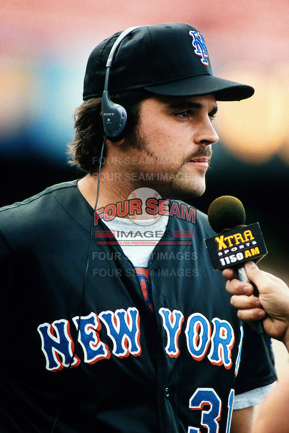 Mike Piazza of the New York Mets during a game against the Los Angeles Dodgers at Dodger Stadium circa 1999 in Los Angeles, California. (Larry Goren/Four Seam Images)