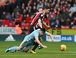 Chris Basham of Sheffield Utd goes past Lynden Gooch of Sunderland during the Championship match at Bramall Lane Stadium, Sheffield. Picture date 26th December 2017. Picture credit should read: Simon Bellis/Sportimage