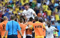 FUSSBALL WM 2014  VORRUNDE    GRUPPE E     Schweiz - Frankreich                   20.06.2014 Olivier Giroud (obenauf, Frankreich) jubelt nach dem 0:1