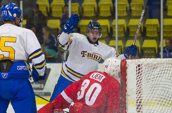 VANCOUVER,BC:SEPTEMBER 10 2015: UBC Thunderbirds SFU Clan during exhibition hockey action in Vancouver, BC, Thursday, September, 10, 2015. (Rich Lam/UBC Athletics)