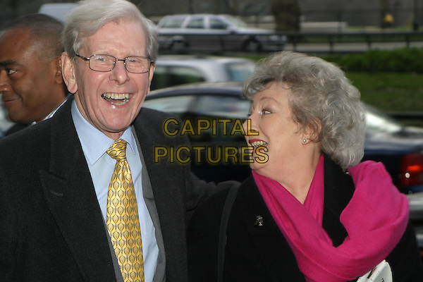 BOB HOLNESS.TRIC Awards at Le Meridien Grosvenor House.09 March 2004.laughing.www.capitalpictures.com.sales@capitalpictures.com.© Capital Pictures.