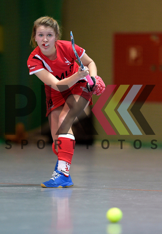 GER - Mannheim, Germany, December 05: During the 1. Bundesliga Sued Damen indoor hockey match between Mannheimer HC (white) and TSV Mannheim (red) on December 5, 2015 at Irma-Roechling-Halle in Mannheim, Germany. Final score 7-1 (HT 5-0). <br /> <br /> Foto &copy; PIX-Sportfotos *** Foto ist honorarpflichtig! *** Auf Anfrage in hoeherer Qualitaet/Aufloesung. Belegexemplar erbeten. Veroeffentlichung ausschliesslich fuer journalistisch-publizistische Zwecke. For editorial use only.