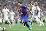 Luis Suarez of FC Barcelona competes for the ball with Daniel Carvajal of Real Madrid during the match of La Liga between Real Madrid and Futbol Club Barcelona at Santiago Bernabeu Stadium  in Madrid, Spain. April 23, 2017. (ALTERPHOTOS)