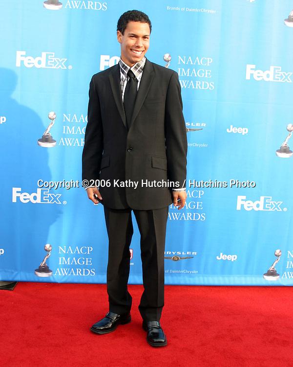 Bryton McClure.37th NAACP Image Awards.Shrine Auditorium.Los Angeles, CA.February 25, 2006.©2006 Kathy Hutchins / Hutchins Photo....
