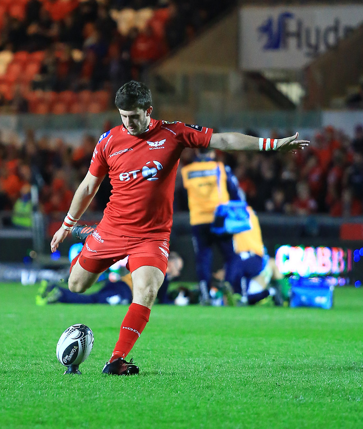 Scarlets' Dan Jones kicks a conversion<br /> <br /> Photographer Dan Minto/CameraSport<br /> <br /> Guinness PRO12 Round 19 - Scarlets v Benetton Treviso - Saturday 8th April 2017 - Parc y Scarlets - Llanelli, Wales<br /> <br /> World Copyright &copy; 2017 CameraSport. All rights reserved. 43 Linden Ave. Countesthorpe. Leicester. England. LE8 5PG - Tel: +44 (0) 116 277 4147 - admin@camerasport.com - www.camerasport.com