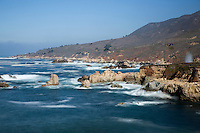 United States of America, California, Monterey County, Big Sur: Coastline near Rocky Creek Bridge | Vereinigte Staaten von Amerika, Kalifornien, Monterey County, Big Sur: Kueste bei der Rocky Creek Bridge