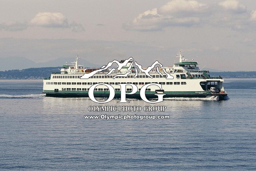 The Washington State ferry Walla Walla makes it's way from Bremerton to Seattle, Washington.