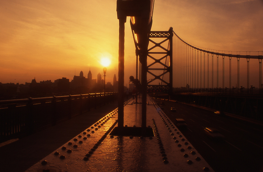 Philadelphia skyline, Ben Franklin Bridge, Sunset,