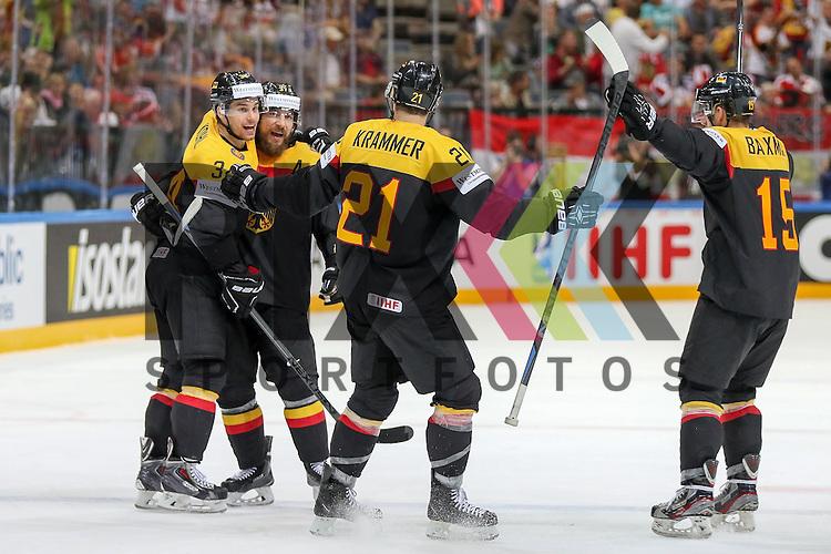 Tor durch Deutschlands Reimer, Patrick (Nr.37)(Nuernberg Ice Tigers) , Deutschland mit dem  Jubel im Spiel IIHF WC15 Deutschland vs. Oestereich.<br /> <br /> Foto &copy; P-I-X.org *** Foto ist honorarpflichtig! *** Auf Anfrage in hoeherer Qualitaet/Aufloesung. Belegexemplar erbeten. Veroeffentlichung ausschliesslich fuer journalistisch-publizistische Zwecke. For editorial use only.