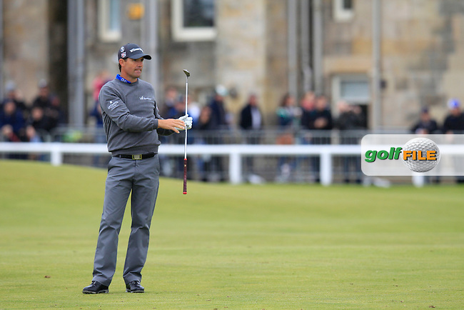 Padraig HARRINGTON (IRL) during the final round on Monday of the 144th Open Championship, St Andrews Old Course, St Andrews, Fife, Scotland. 20/07/2015.<br /> Picture: Golffile | Fran Caffrey<br /> <br /> <br /> All photo usage must carry mandatory copyright credit (&copy; Golffile | Fran Caffrey)