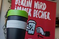 """Seit Freitag dem 23. August 2019 beteiligt sich das 1.000. Partnercafe der Berliner Initiative """"Better World Cup"""" an der Aktion der Mehrwegbecher #BetterWorldCup.<br /> Gemeinsam mit der Senatsverwaltung fuer Umweltschutz, der Berliner Stadtreinigung und der Stiftung Naturschutz Berlin wurde das Cafe """"Bread-a-Porter"""" als Partner der Aktion begruesst.<br /> Im Bild: Ein Mehrwegbecher von BetterWorldCup.<br /> 23.8.2019, Berlin<br /> Copyright: Christian-Ditsch.de<br /> [Inhaltsveraendernde Manipulation des Fotos nur nach ausdruecklicher Genehmigung des Fotografen. Vereinbarungen ueber Abtretung von Persoenlichkeitsrechten/Model Release der abgebildeten Person/Personen liegen nicht vor. NO MODEL RELEASE! Nur fuer Redaktionelle Zwecke. Don't publish without copyright Christian-Ditsch.de, Veroeffentlichung nur mit Fotografennennung, sowie gegen Honorar, MwSt. und Beleg. Konto: I N G - D i B a, IBAN DE58500105175400192269, BIC INGDDEFFXXX, Kontakt: post@christian-ditsch.de<br /> Bei der Bearbeitung der Dateiinformationen darf die Urheberkennzeichnung in den EXIF- und  IPTC-Daten nicht entfernt werden, diese sind in digitalen Medien nach §95c UrhG rechtlich geschuetzt. Der Urhebervermerk wird gemaess §13 UrhG verlangt.]"""