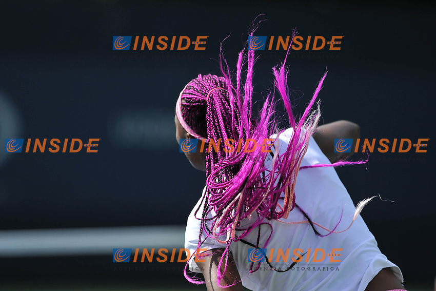 Venus Williams (USA) Capelli Viola <br /> Flushing Meadows 27/8/2013<br /> Tennis US Open<br /> Foto Panoramic / Insidefoto<br /> ITALY ONLY