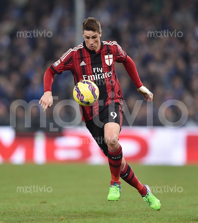 FUSSBALL INTERNATIONAL   SERIE A   SAISON  2014/2015   11. Spieltag Sampdoria Genua - AC Mailand                     08.11.2014 Fernando Torres (AC Mailand) am Ball