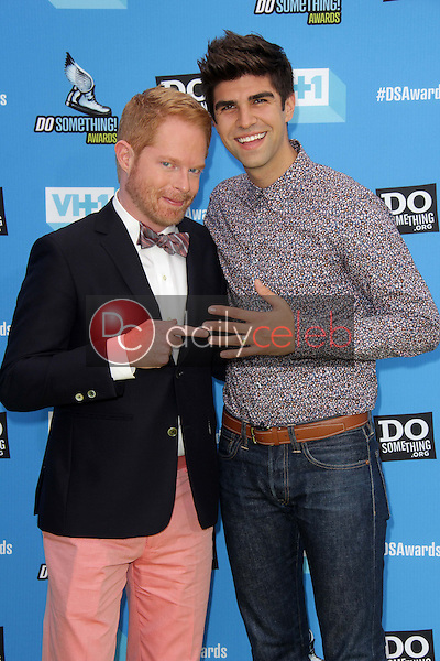 Jesse Tyler Ferguson, Justin Mikita<br />