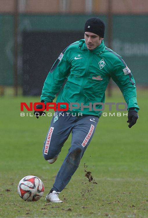 27.02.2015, Trainingsgelaende, Bremen, GER, 1.FBL, Training Werder Bremen, im Bild Fin Bartels (Bremen #22)<br /> <br /> Foto &copy; nordphoto / Frisch