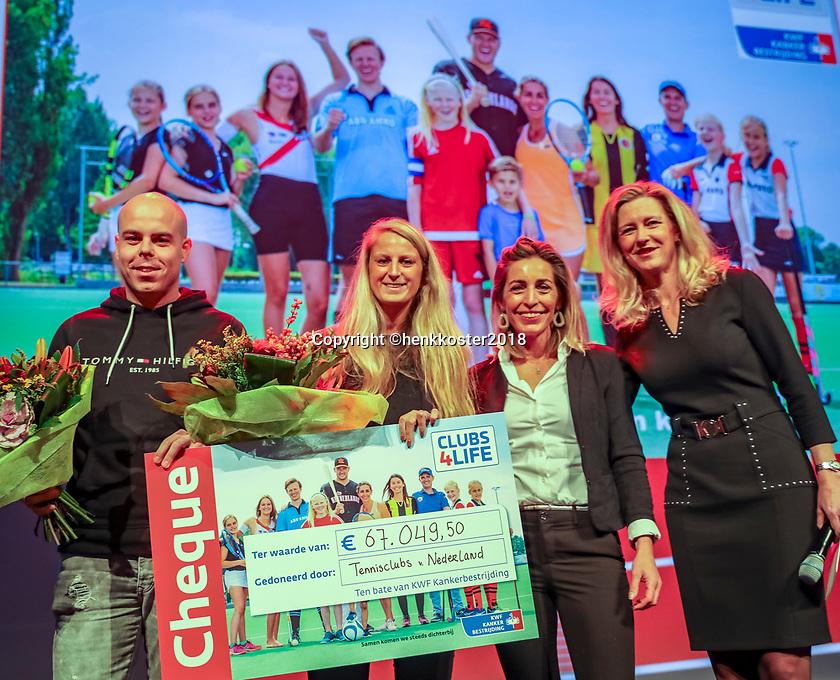 Nieuwegein,  Netherlands, 24 November 2018, KNLTB Year congress KNLTB, Fleur Kok and Stefan Bakker<br /> Photo: Tennisimages.com/Henk Koster