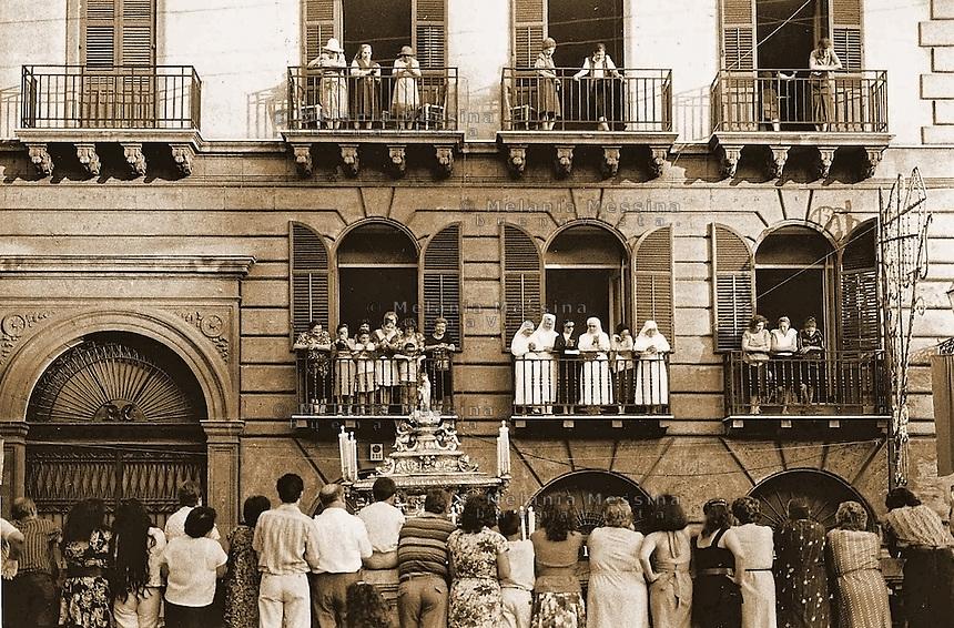 Palermo, procession in the historic city center to celebrate Saint Rosalia.<br /> Palermo, processione al centro storico per il festino di Santa Rosalia