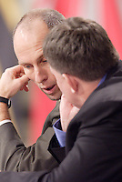 MetroStars coach Bob Bradley tries to make a deal with John Ellinger of Real Salt Lake during the MLS SuperDraft held at the Baltimore Convention Center, Baltimore, MD, on Friday, January 14, 2005..