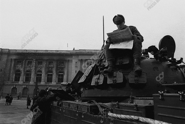 Romanian revolution, pro-revolution army factions in control of Bucharest after dictator Nicolae Ceausescu fled, Romania, December 1989