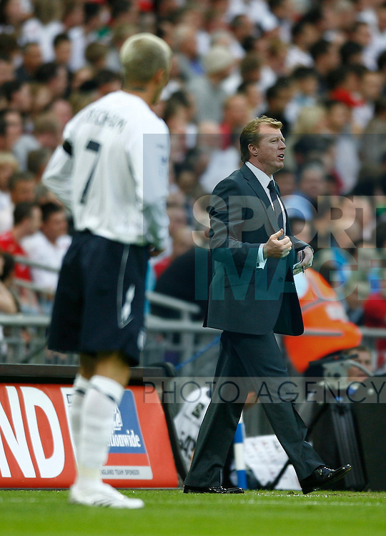 England manager Steve McClaren and David Beckham..International Friendly..England v Brazil..1st June, 2007..--------------------..Sportimage +44 7980659747..admin@sportimage.co.uk..http://www.sportimage.co.uk/