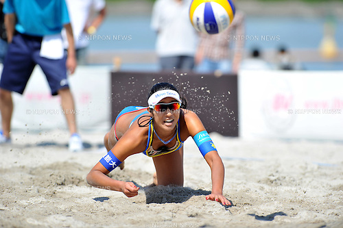 Sayaka Mizoe (JPN),.MAY 5, 2012 - Beach Volleyball : JBV Tour 2012 Sports Club NAS Open at Odaiba Beach, Tokyo, Japan. (Photo by Jun Tsukida/AFLO SPORT) [0003].