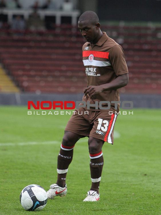 2.Liga FBL 2009/2010  Testspiel<br /> FC St.Pauli vs. Heart of Midlothian 2:0 (1:0)<br /> <br /> <br /> Charles Takyi (Nr.13).<br /> <br /> <br /> Foto &copy; nph (nordphoto)<br /> <br /> *** Local Caption ***
