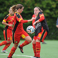 20140715 - Strømmen , NORWAY : Belgian Lucinda Michez (right) pictured with Belgian Chloe Van Mingeroet during the female soccer match between Women under 19 teams of  Belgium and Scotland , on the first matchday in group A of the UEFA Women Under19 European Championship at Strommen Stadion , Norway . Tuesday 15th July 2014 . PHOTO DAVID CATRY