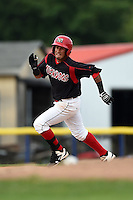Batavia Muckdogs second baseman Rony Cabrera (40) running the bases on a double during a game against the Auburn Doubledays on August 31, 2014 at Dwyer Stadium in Batavia, New York.  Batavia defeated Auburn 7-6.  (Mike Janes/Four Seam Images)