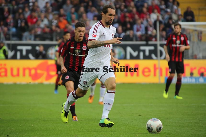 Emmanuel Pogatetz (Nürnberg) - Eintracht Frankfurt vs. 1. FC Nuernberg