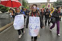 - Milano, 18 maggio 2019, manifestazione di protesta di gruppi ed organizzazioni democratiche contro il raduno elettorale dei partiti europei sovranisti e fascisti in piazza del Duomo<br /> <br /> - Milan, 18 May 2019, protest demonstration by democratic groups and organizations against the electoral gathering of souverainist and fascist European parties in the Duomo square