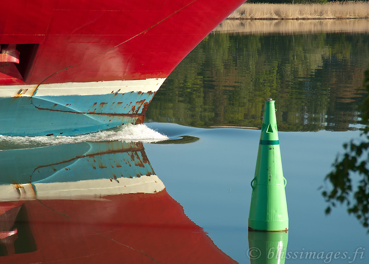 Viking Line's Bow and Channel Buoy