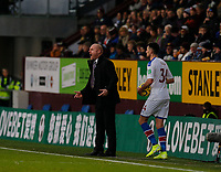 30th November 2019; Turf Moor, Burnley, Lanchashire, England; English Premier League Football, Burnley versus Crystal Palace; Burnley manager Sean Dyche shouts instructions at his team as Martin Kelly of Crystal Palace prepares to take the throw in