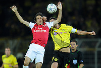FUSSBALL   CHAMPIONS LEAGUE   SAISON 2011/2012  Borussia Dortmund - Arsenal London        13.09.2001 Yossi BENAYOUN (li, Arsenal) gegen Sebastian KEHL (re, Dortmund)