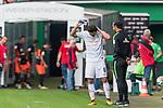 05.08.2017, Weserstadion, Bremen, GER, FSP, SV Werder Bremen (GER) vs FC Valencia (ESP)<br /> <br /> im Bild<br /> Thomas Delaney (Werder Bremen #6) im Gespr&auml;ch mit Alexander Nouri (Trainer SV Werder Bremen), <br /> <br /> Foto &copy; nordphoto / Ewert