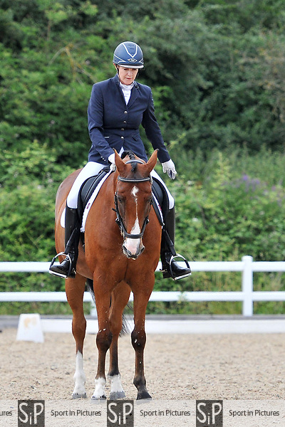 Class 18. Novice 23. Petplan BD Area festival. Brook Farm training centre. Essex. 01/07/2017. MANDATORY Credit Ellen Szalai/Sportinpictures - NO UNAUTHORISED USE - 07837 394578