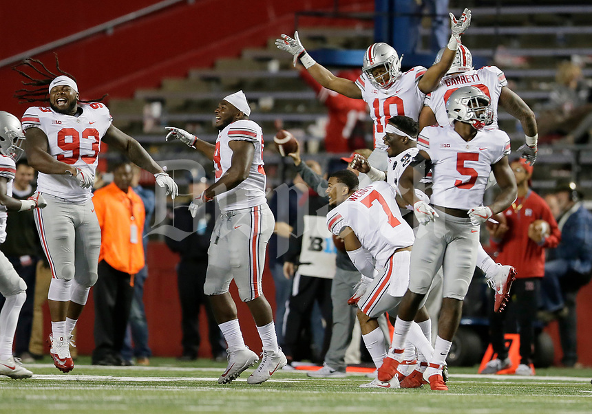 Ohio State Buckeyes defensive players celebrate a missed Rutgers field goal during the fourth quarter of the NCAA football game at Highpoint Solutions Stadium in Piscataway, New Jersey on Sept. 30, 2017. [Adam Cairns / Dispatch]
