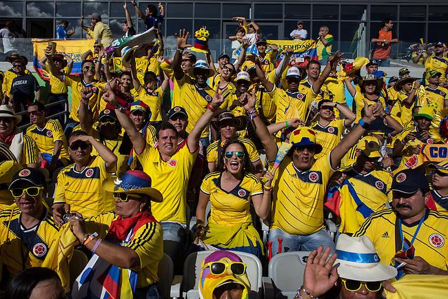 Belo Horizonte, Brasil 2014.Hinchas colombianos en el partido Colombia Grecia. 14 junio 2014Foto: /Archivolatino<br /> <br /> COPYRIGHT: Archivolatino<br /> Solo para uso editorial, prohibida su venta y su uso comercial.Hinchas colombianos presencian el partido entre las selecciones de Colombia y Gracia y celebran la victoria 3-0 en el estadio Mineirao de Belo Horizonte, el sabado 14 de junio de 2014<br /> <br /> Foto: Lorenzo Moscia /Archivolatino<br /> <br /> COPYRIGHT: Archivolatino<br /> Solo para uso editorial, prohibida su venta y su uso comercial.