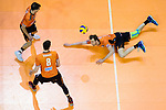 06.05.2018, Max Schmeling Halle, Berlin<br />Volleyball, Bundesliga MŠnner / Maenner, Play-offs, Finale 4. Spiel, Berlin Recycling Volleys vs. VfB Friedrichshafen<br /><br />Pierre Pujol (#18 Berlin), Graham Vigrass (#8 Berlin), Abwehr Paul Carroll (#12 Berlin)<br /><br />  Foto &copy; nordphoto / Kurth