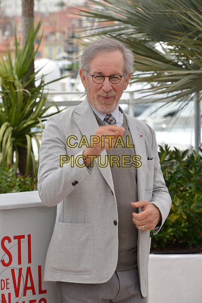 Steven Spielberg.Members of The Jury photocall - 66th International Cannes Film Festival, France 15th May 2013.half length gray grey suit  beard facial hair sweater jumper glasses hand arm.CAP/PL.©Phil Loftus/Capital Pictures.
