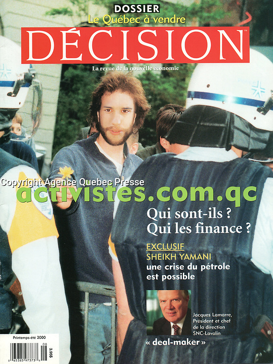 Publication  en couverture de DECISION<br /> <br /> Photo : Pierre Roussel