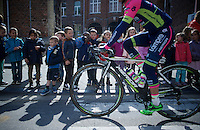 kids get some time off school to go see the riders invading their city (of Waremme)<br /> <br /> 79th Fl&egrave;che Wallonne 2015