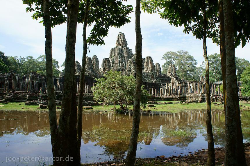 Bayon temple and lake, ngkor Wat, Cambodia, August 2011