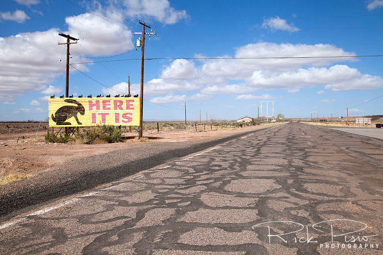 Billboard marking the location of the Jackrabbit trading post on Route 66 in Joseph City, Arizona